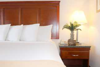 Hotel EREAL - Luxurious bedding at the Hotel EReal